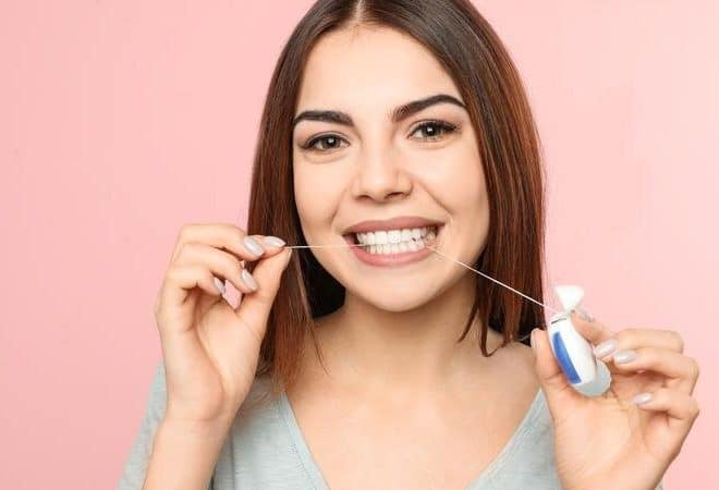 Flossing – Remove Your Plaque With Few Hassles